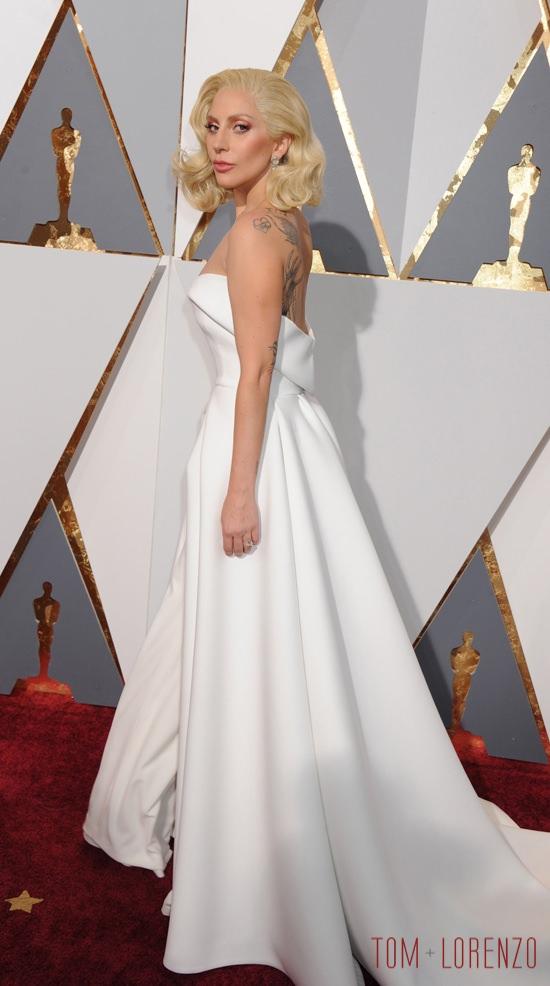 Lady-Gaga-Oscars-2016-Red-Carpet-Fashion-Brandon-Maxwell-Tom-Lorenzo-Site-8